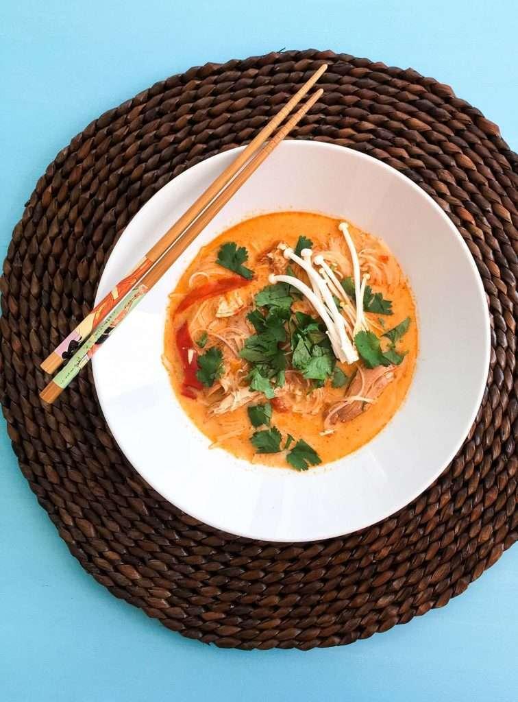 Soupe thaïe au cari et lait de coco à la mijoteuse